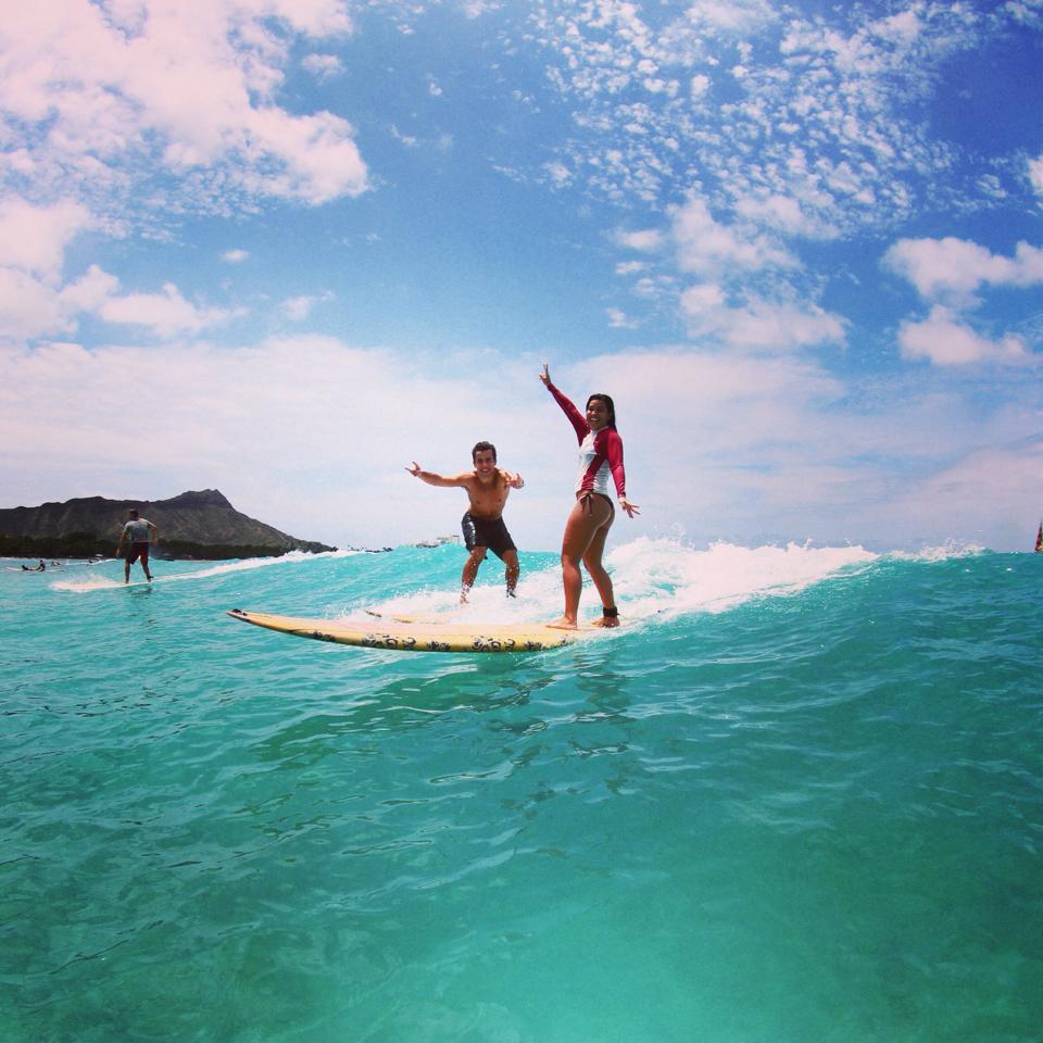 surfing-hawaii-carol-valiante-blog-waikiki-beach